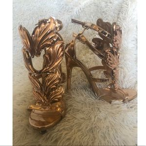 Rose Gold Winged Heels Size 7